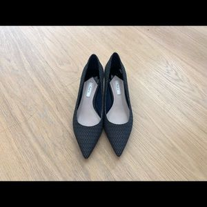 Pedro Pointed Block Heels Size 6